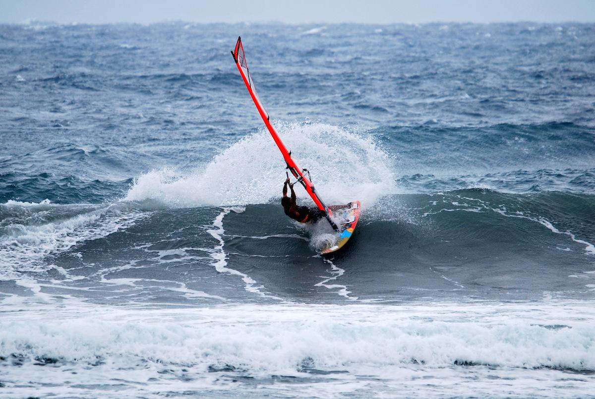 windsurfing-Taiwan-Taitung-Dulan-cutback-sequence2