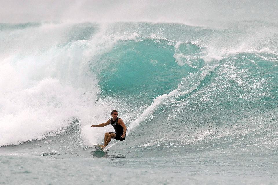 wagaligong-surf-hostel-dulan1