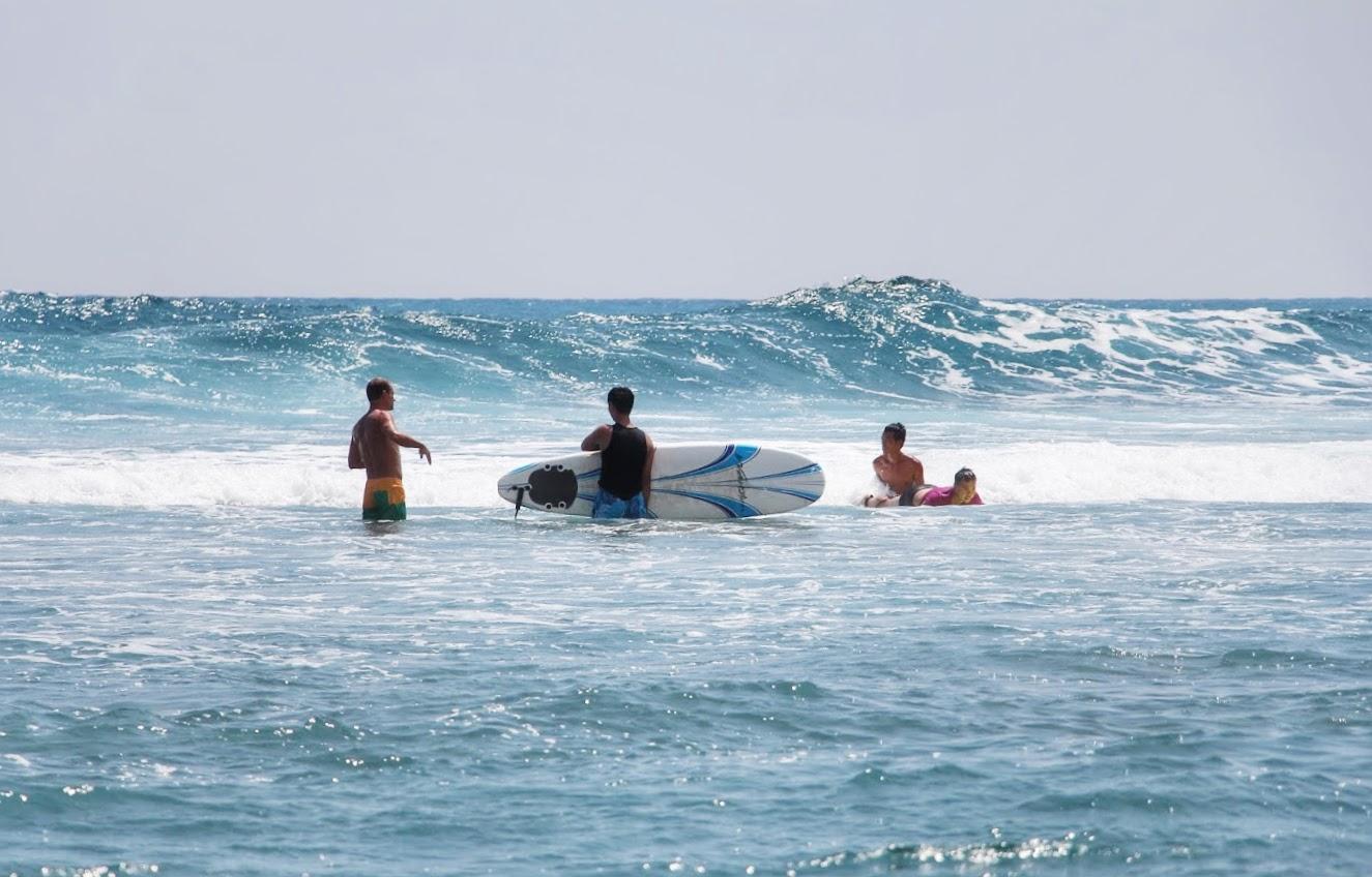Surf-Lessons-Taiwan-Taitung-Dulan-WaGaLiGong-Surf-Hostel_Dulan-Beach6