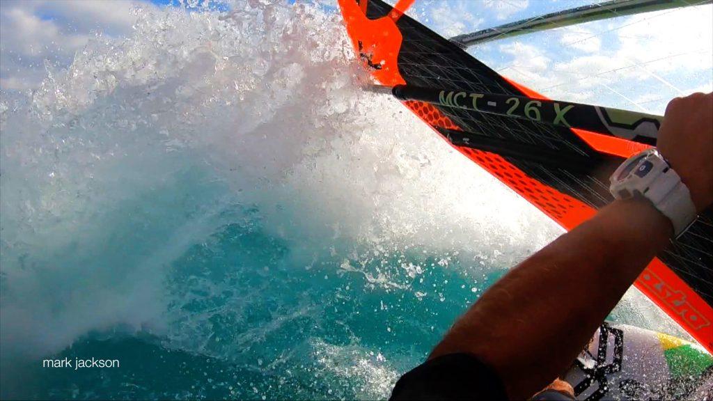 Windsurf Dulan - WaGaLiGong Dulan Surf & SUP House & Bar 哇軋力共都蘭衝浪/立槳/酒吧 Taiwan Taitung Dulan