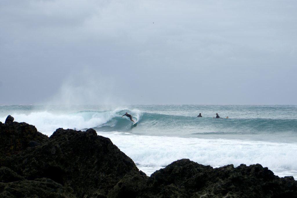 Surf Taiwan - WaGaLiGong Dulan Surf & SUP House & Bar 哇軋力共都蘭衝浪/立槳/酒吧 Taiwan Taitung Dulan